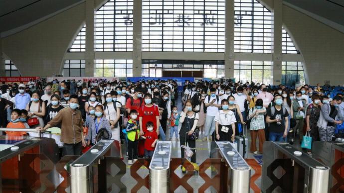 南寧鐵路5月3日預計發送旅客40萬人,柳州桂林方向有余票