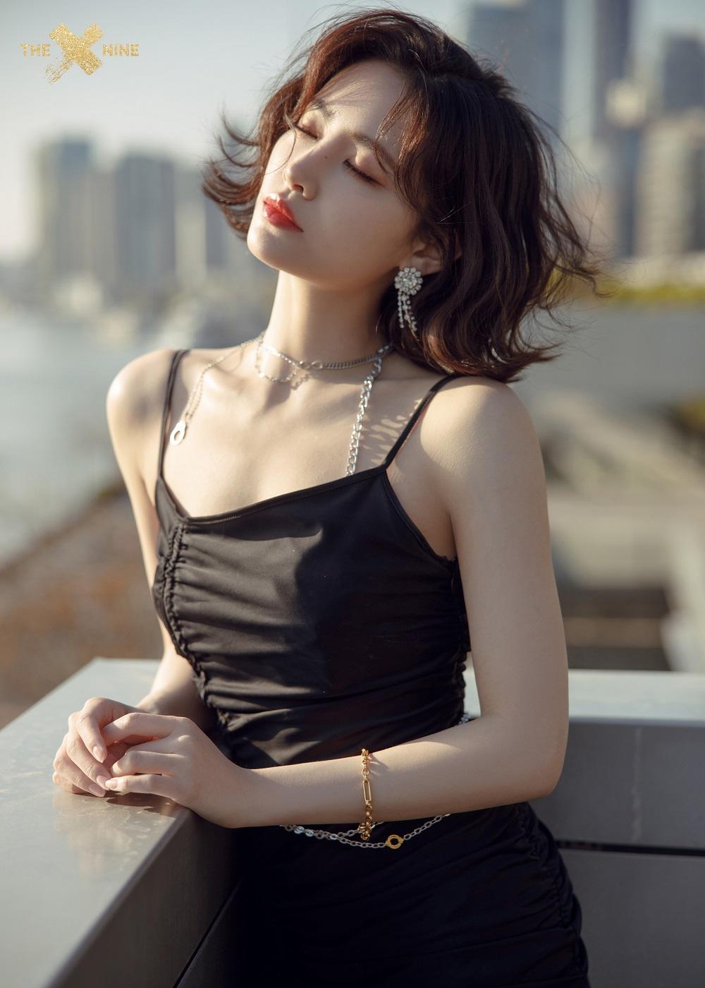 许佳琪出席时尚活动