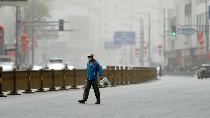 中央氣象臺再發四預警:沙塵暴+暴雨+強對流天氣+地質災害