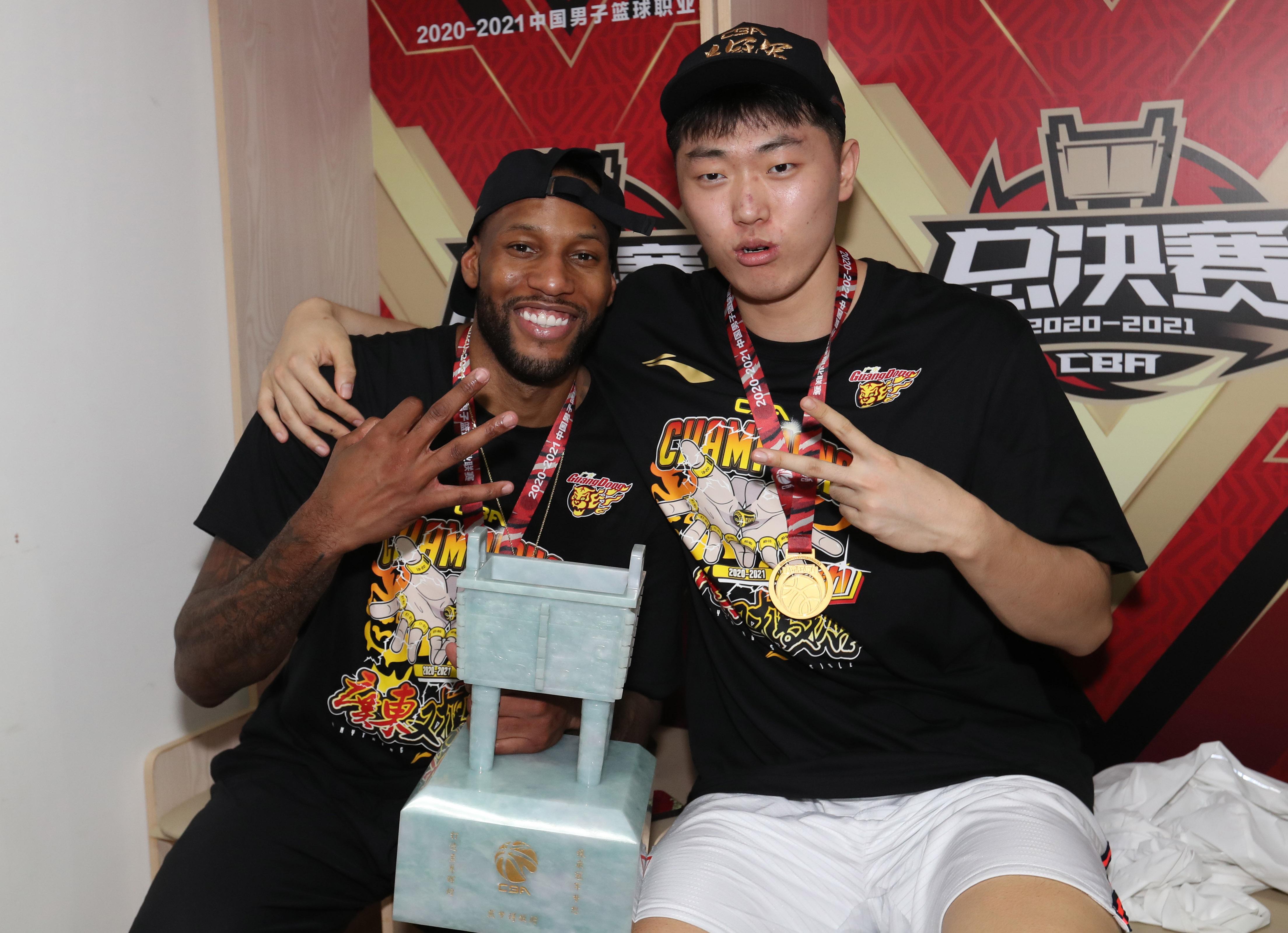 星启娱乐新闻:对话|广东男篮威姆斯:目标四个冠军,要做最成功的美国外援