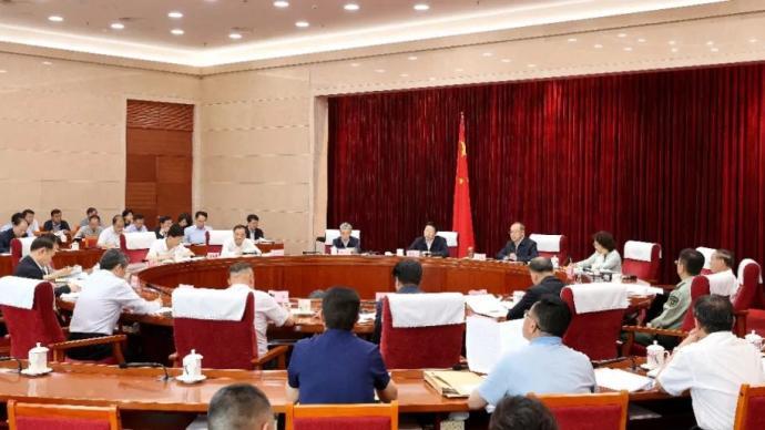云南省委常委会召开会议强调:坚决整改突出生态环境问题
