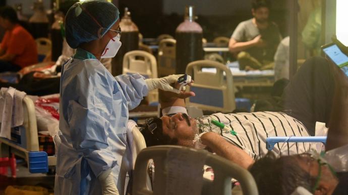 印度疫记·图解|连续三天新增破40万例,单日病亡已超4千人