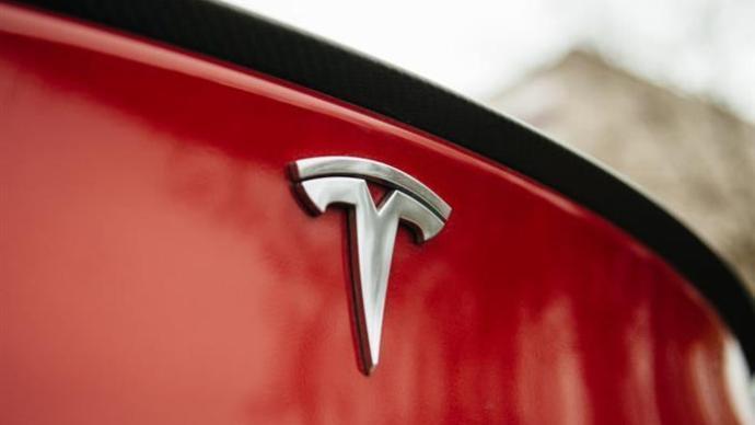 特斯拉国产Model 3首次提价:标续升级版涨1000元