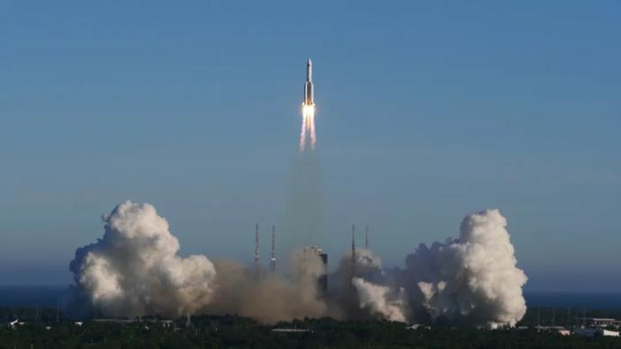 长五B遥二运载火箭末级残骸已再入大气层,绝大部分器件烧蚀销毁