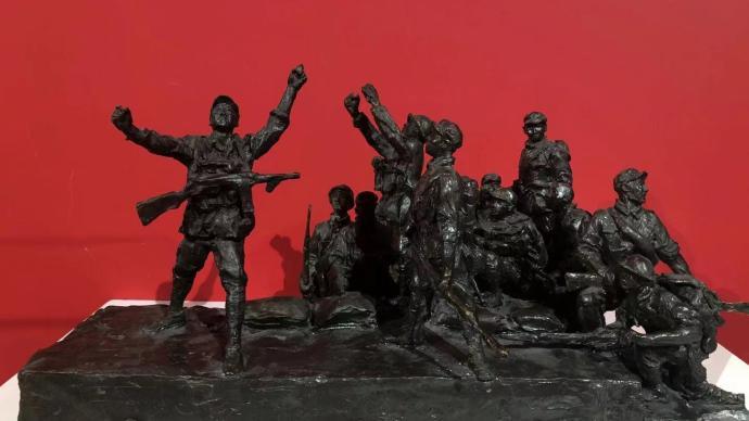 """《占领总统府》铜雕再现,上海油雕界老中青的""""风采时代"""""""