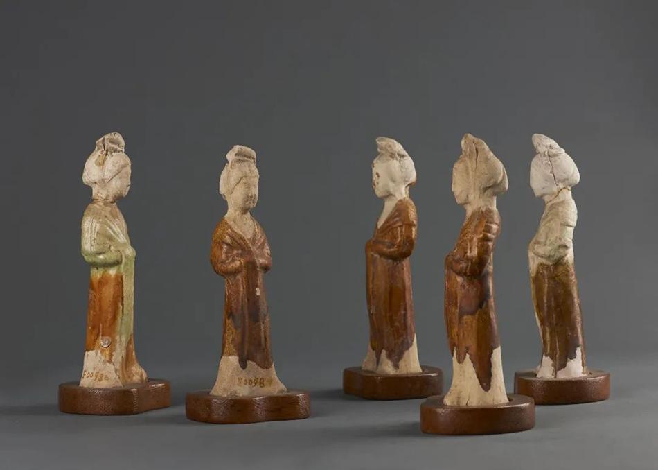 绿釉宫女俑(唐代)华东师范大学中国历史文物博物馆藏