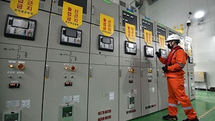 光明日报整版聚焦:新能源技术突破前夜,我们准备好了吗