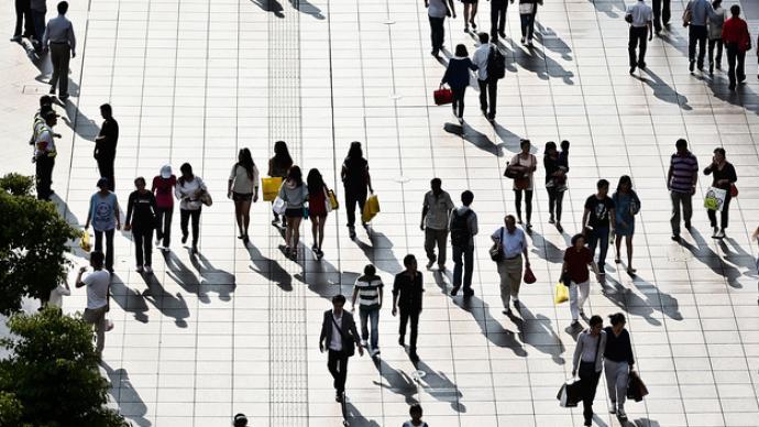 国家统计局:中国人口平均年龄38.8岁,依然年富力强