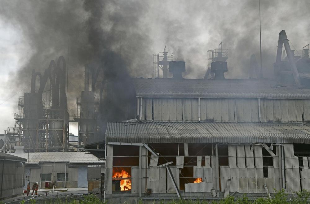 """当地时间2021年5月11日,当天上午7时45分左右,日本福岛县""""堺化学工业""""的汤本工厂传出爆炸声。据悉,爆炸已导致多人受伤。"""