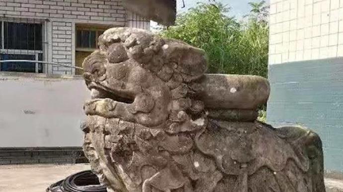 百年石狮被盗案开庭:39人受审,涉盗掘古墓葬罪、盗窃罪