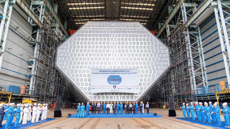信宏平台:江南造船世界首制9.9万方超大型液化乙烷运输船迎关键节点