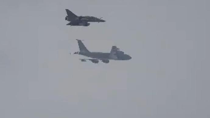 俄罗斯战机拦截多架北约军机