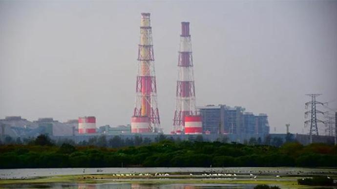 电厂事故致台湾多县市停电,有人被困电梯有病人呼吸机断电