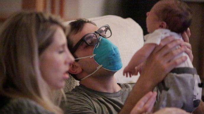 美疾控中心:完全接种疫苗民众在大部分情况下不必佩戴口罩