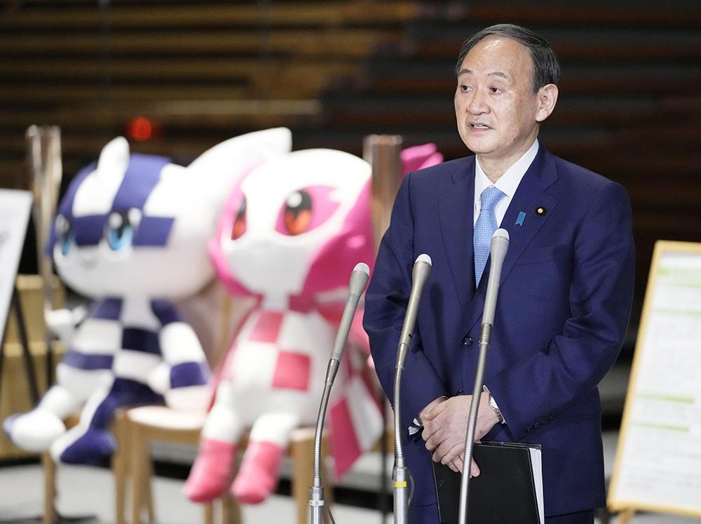 当地时间2021年5月13日,日本东京,日本首相菅义伟在与内阁成员就应对新冠肺炎问题举行会谈后会见媒体。据日媒报道,日本首相菅义伟13日再次表达了将如期举办东京奥运会的决心。