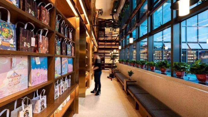 武汉百年步行街因它焕新!上海三联书店华中首店开业