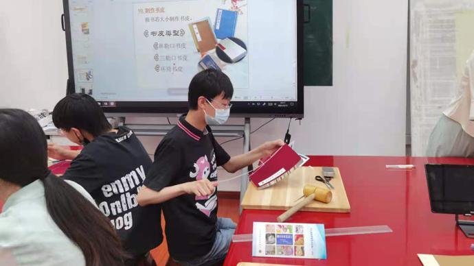 政府搭台为6万中小学生职业启蒙,上海创新培育多元人才
