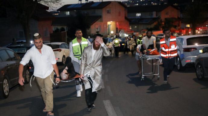 以色列一犹太教堂内看台坍塌,伤者人数上升至213人