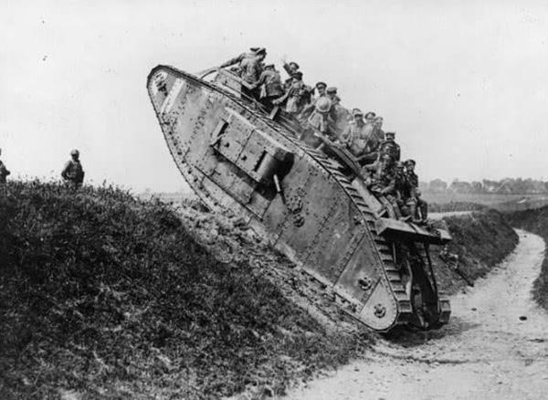 虽然英国是最早研制成功并将坦克运用于战场的国家,但其战后坦克发展成绩并不亮眼。