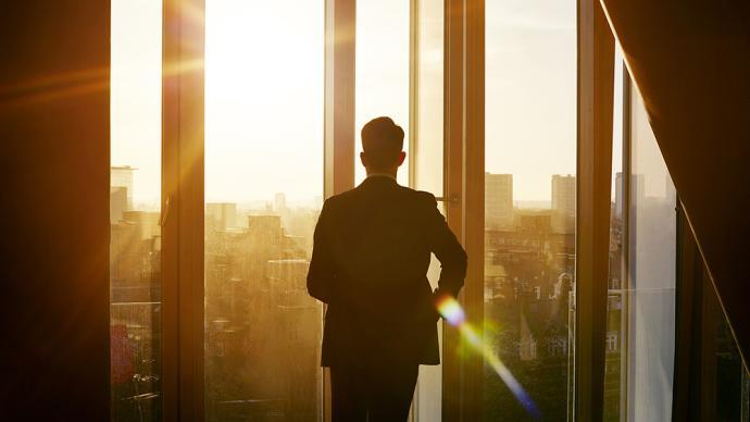 《商道》:做生意不为赚钱是忽悠还是真理?