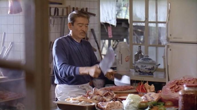舌尖下的中国|未来的人类厨房(上):正视外包的隐秘代价
