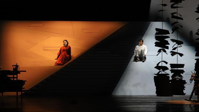 金星版《日出》首演,是陈白露也是翠喜,是戏剧亦有舞蹈