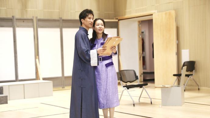 一首歌就是一幕戏,方书剑徐均朔主演音乐剧《忠诚》
