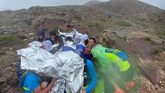 甘肃马拉松致20死,跑友:整体海拔两千,大部分赛道处无人区