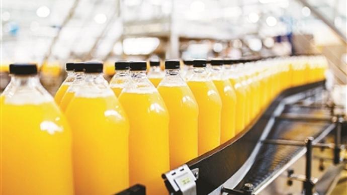 """""""100%果汁""""调查:纯果汁未必是鲜榨,鲜榨果汁未必更健康"""