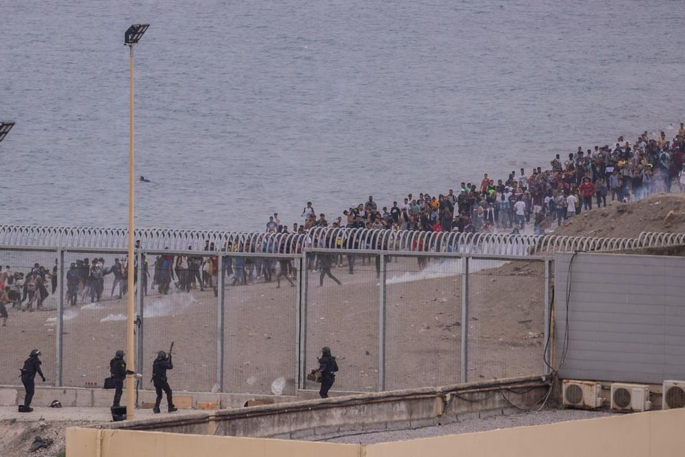 """星启娱乐:休达移民危机"""":西班牙北非飞地上的希望与混乱"""