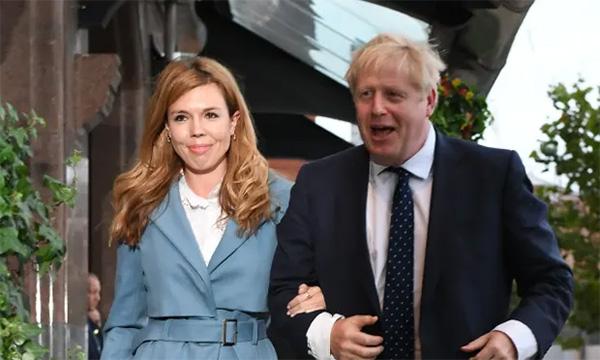 欧迪娱乐:英媒:英国首相约翰逊或将于明年7月底与未婚妻完婚(图1)