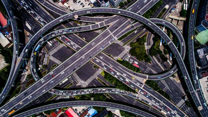 """上海内环高架投运超27年,市交通委将试点""""年轻化""""改造"""