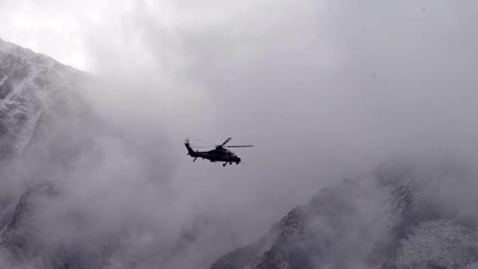 视频丨近5000米海拔,喀喇昆仑高原陆航直升机多弹种演练