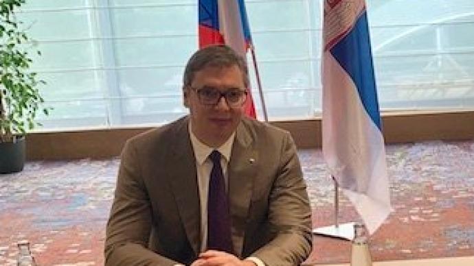 塞尔维亚总统武契奇:不相信北约会对轰炸南联盟道歉