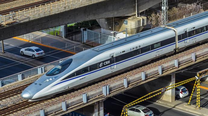 接触网挂异物影响,京广高铁部分列车接入晚点