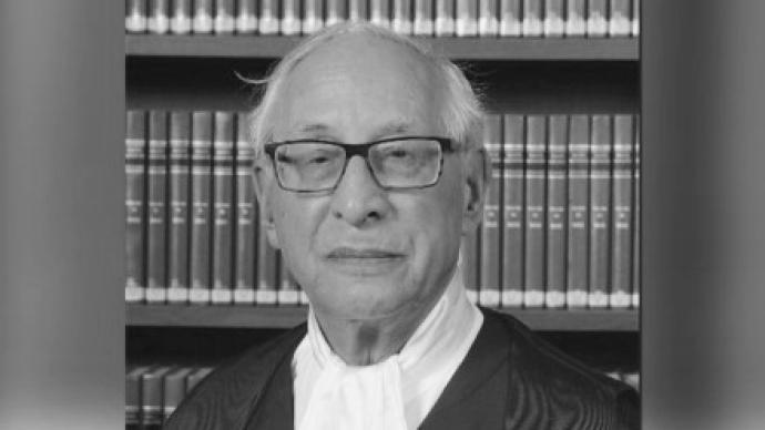 林郑月娥哀悼香港终审法院非常任法官苗礼治勋爵逝世