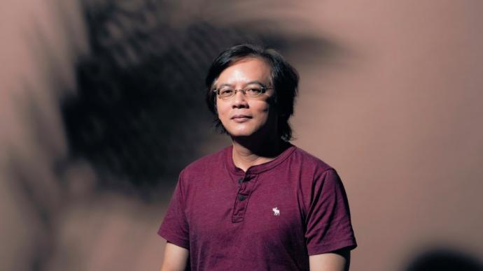 """""""拒人于千里之外""""的张贵兴小说:马华文学焦虑的产物"""
