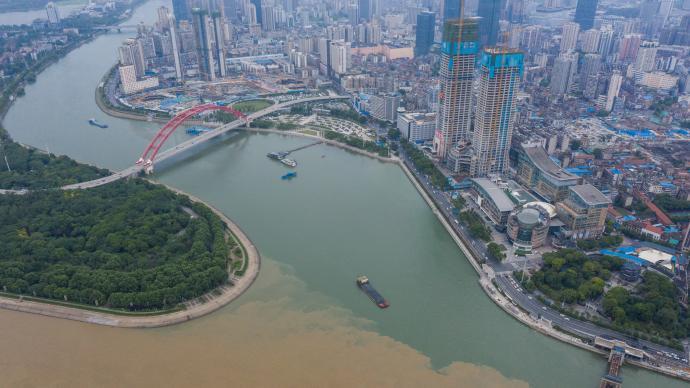 武汉发布首批60宗集中出让宅地,总起始价约724.6亿元