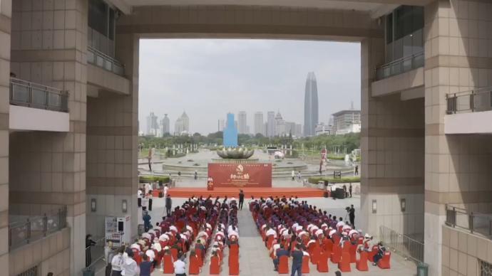 初心之路巡展丨山东高校学生合唱《没有共产党就没有新中国》