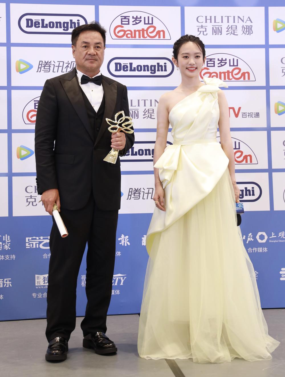 尤勇智、黄尧分获最佳男、女配角奖。摄影 薛松