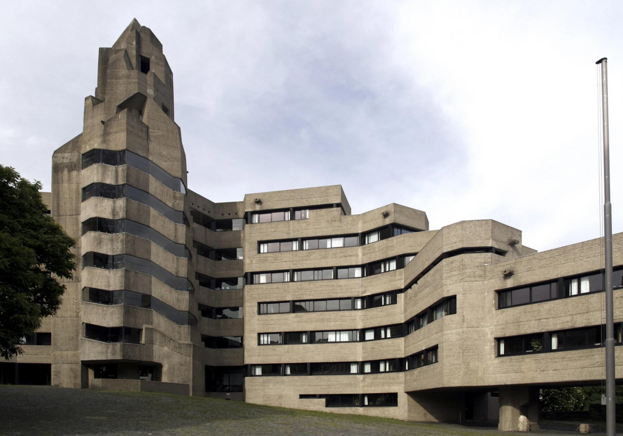 科隆本斯堡市政厅
