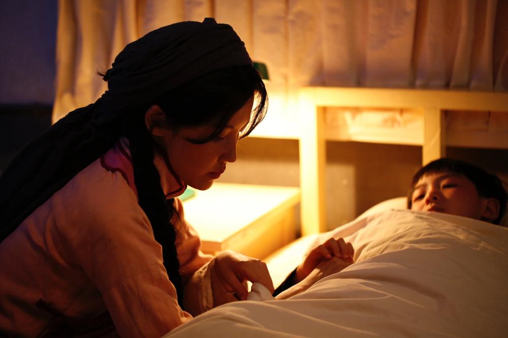 《时间的答卷》第二章剧照,杨子姗饰演都贵玛