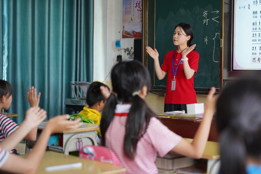 必晟娱乐平台注册:雪域童年|志愿者口述:出了车祸后,我很想做点什么回馈社会