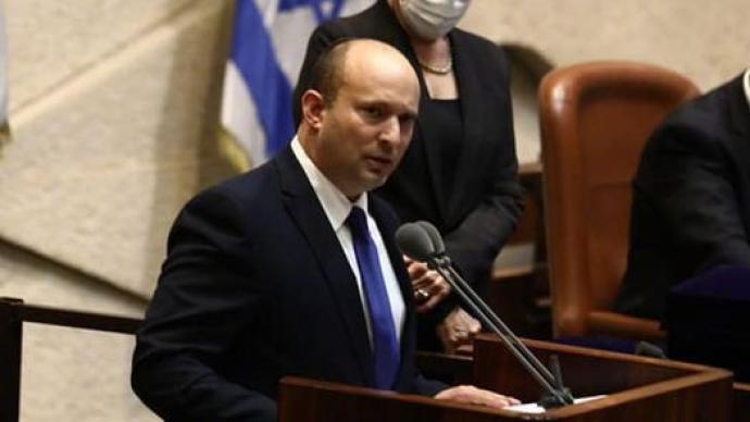 """以色列新总理贝内特:创业起家的富翁,""""务实""""的极右翼"""
