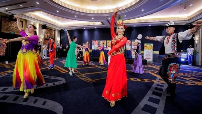 走进中国新疆电影:风光无限好,还有动人的故事