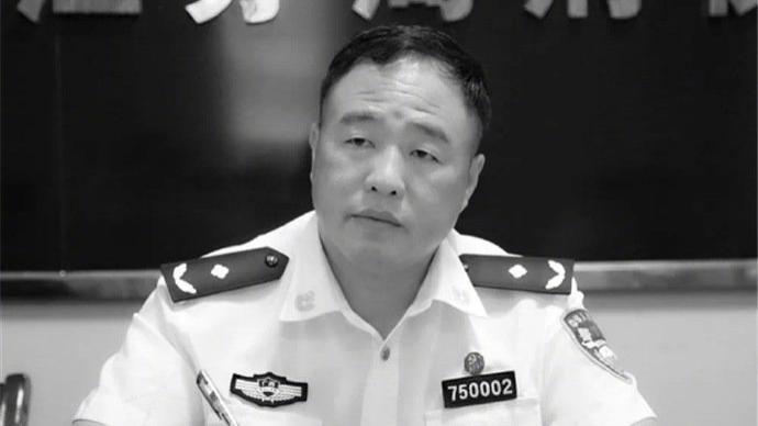 """""""任长霞式公安局长""""广西梧州公安局局长匡伯彪逝世"""