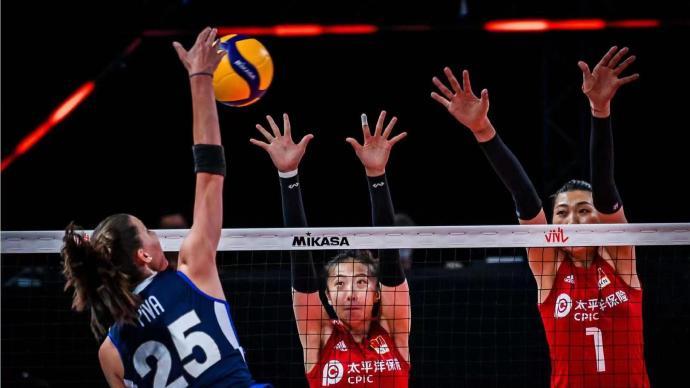 击败东道主意大利队,世界女排联赛中国女排拿下四连胜