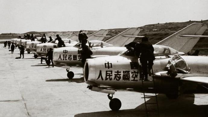 朝鲜战场上的志愿军空军为何能一鸣惊人?