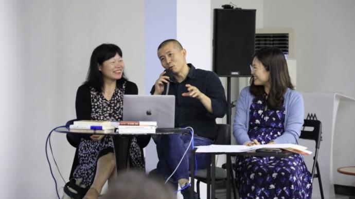 """毕飞宇和黄荭谈《一种幸福的宿命》:关于""""我""""的文学"""