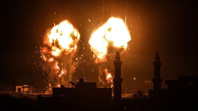 早安·世界 战争再起?以军战机轰炸加沙地带多处目标